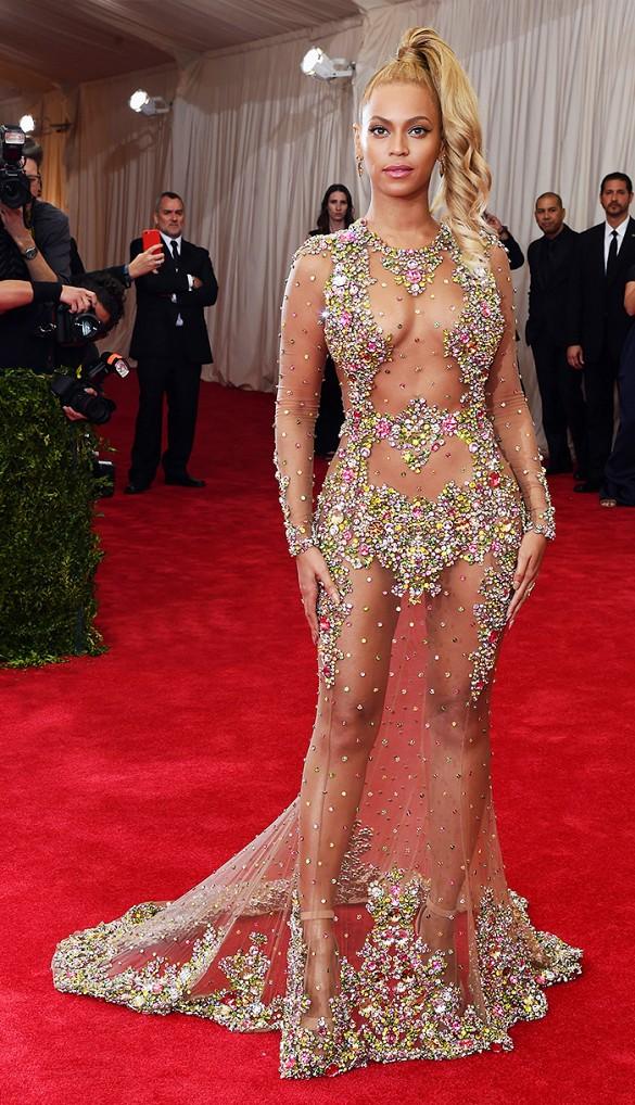 Beyoncé, Givenchy - WhoWhatWear