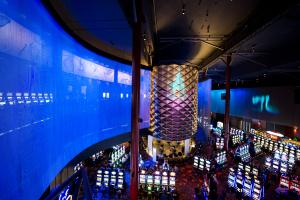 Crédit photo: Casino Lac-Leamy / L'ALÉA c'est le cylindre au centre