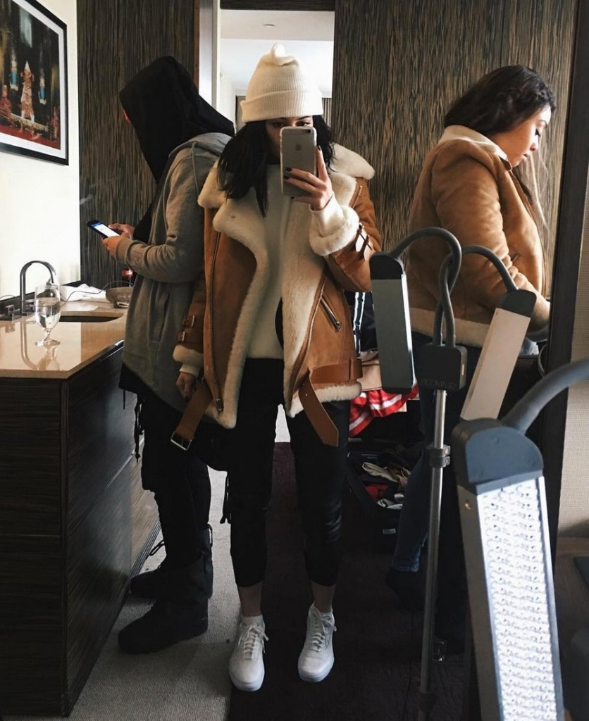 Kylie_Jenner_Shearling Coat